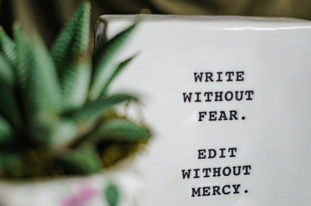 Blog writing quotes on blog title help