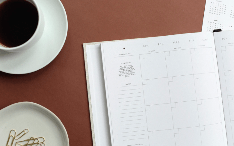 How to Create an Editorial Calendar: Step-by-Step Guide (2021)